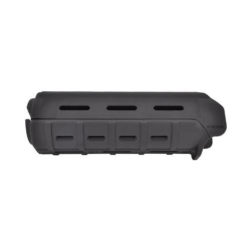 Magpul Original Equipment AR15/ M16 Hand Guard Carbine-Length, MAG440-BLK - Black